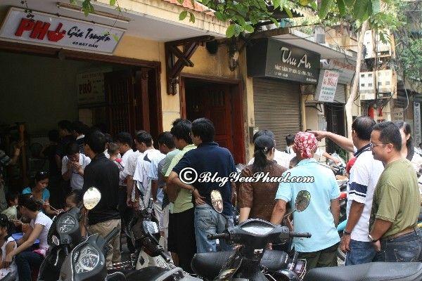 Top những quán phở ngon tại Hà Nội không nên bỏ qua. Phở Bát Đàn nổi tiếng