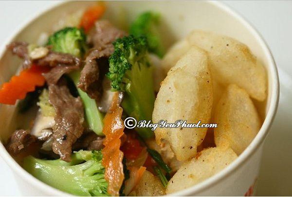 Danh sách những quán ăn vặt ngon tại Hà Nội: Địa chỉ ăn vặt nổi tiếng ở Hà Nội
