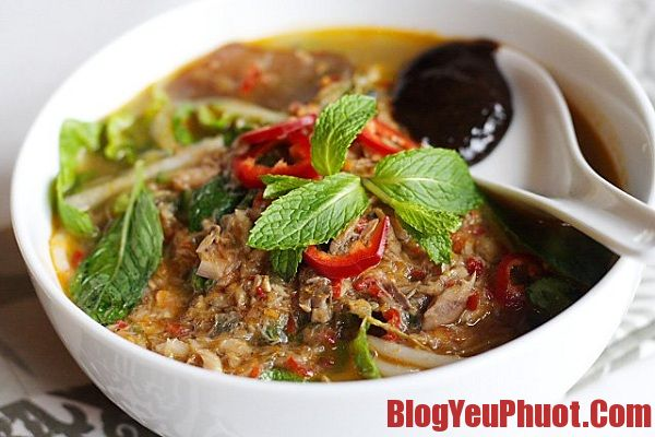 Ăn gì khi du lịch Malaysia? Curry laksa and Assam laksa món ăn truyền thống của Malaysia