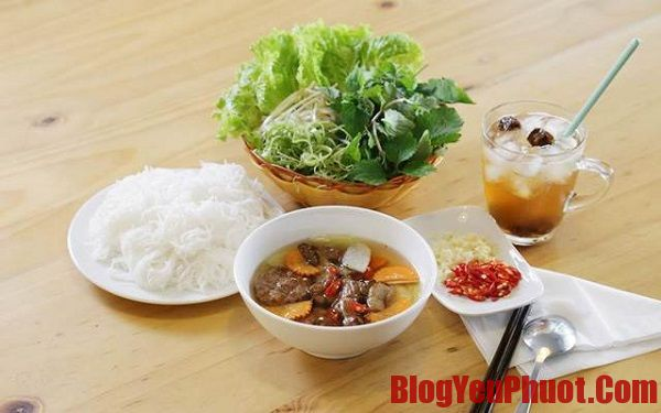 Các món ăn đặc sản của Hà Nội - Địa chỉ ăn bún chả Hà Nội ngon, nước chấm chuẩn nhất