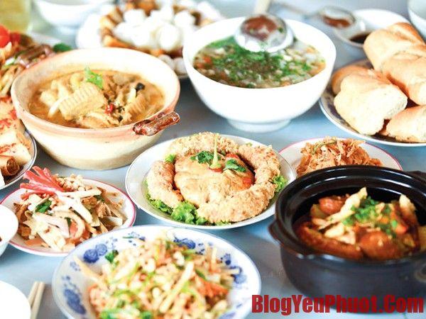 Món ngon ăn đặc sản Huế nổi tiếng