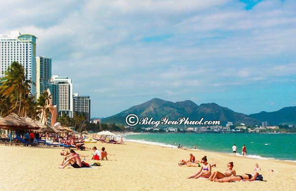 Địa điểm du lịch nổi tiếng ở Đà Nẵng: Du lịch Đà Nẵng đi đâu chơi?