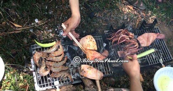 Ăn gì khi đi du lịch thác Giang Điền?- Các món ăn tại thác Giang Điền khá đơn giản