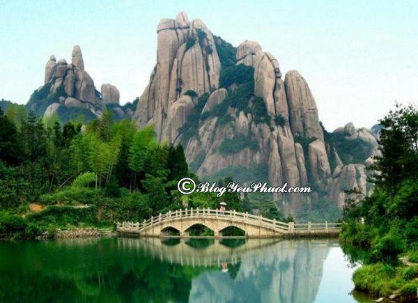 Du lịch Quảng Châu tham quan núi Bạch Vân