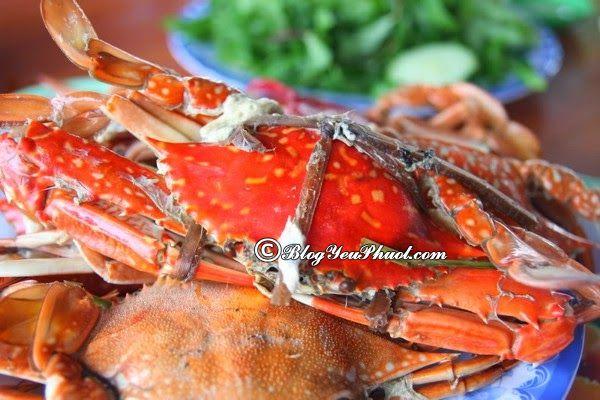 Kinh nghiệm, lịch trình tham quan Phú Quốc dịp 30/4: Ghẹ Hàm Ninh là một món ăn nổi tiếng ở Phú Quốc