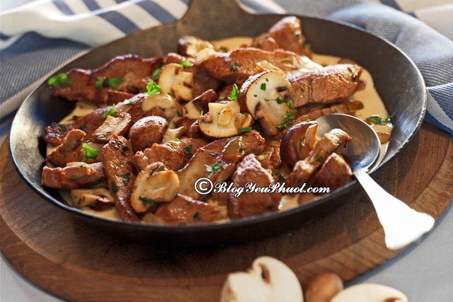 Du lịch Thụy Sĩ thưởng thức món Thịt bê nấu Zurcher Geschnetzeltes, món ăn ngon đặc sản nổi tiếng ở Thụy Sĩ