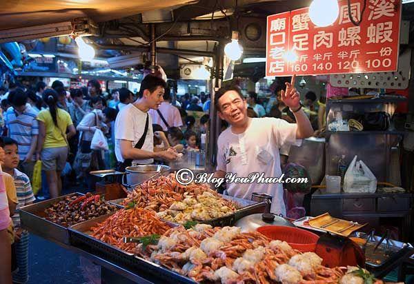 Thưởng thức món ngon Đài Loan không thể bỏ qua hải sản ở Cơ Long. Món ăn đặc sản Đài Loan