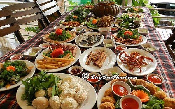Những nhà hàng hải sản ngon nổi tiếng nhất ở Hà Nội: Địa chỉ ăn hải sản ngon, hấp dẫn ở Hà Nội