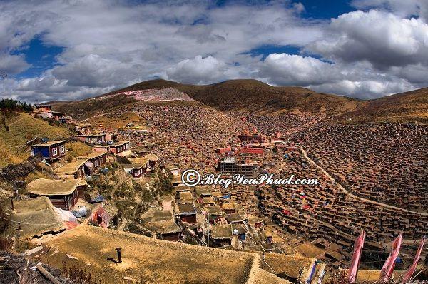 Những địa điểm tham quan nổi tiếng của Tây Tạng