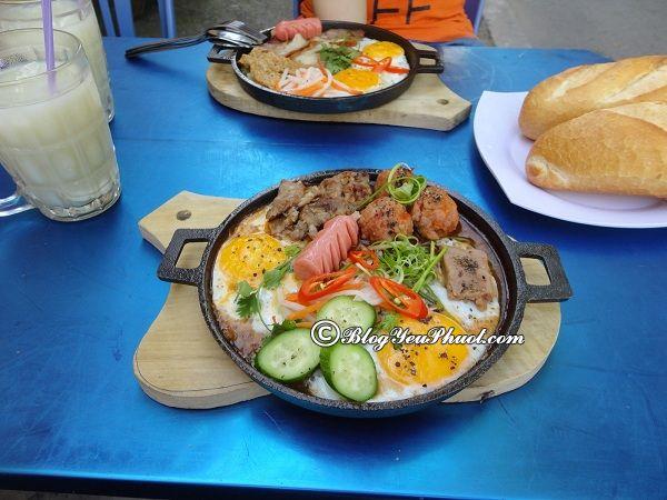 Những quán bánh mỳ chảo ngon rẻ ở Hà Nội: Ăn bánh mì chảo ở đâu Hà Nội ngon, bổ, rẻ?