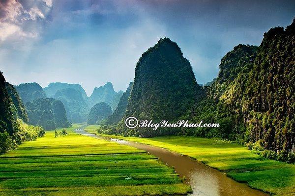 Địa điểm phượt hấp dẫn cho sinh viên- Ninh Bình: Địa điểm du lịch giá rẻ cho sinh viên, giới trẻ