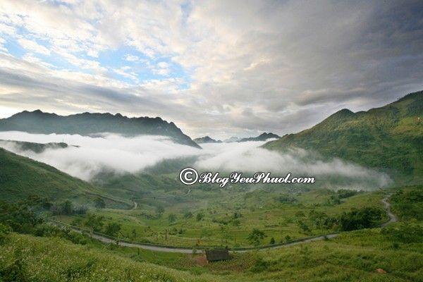 Địa điểm phượt hấp dẫn ở Tây Bắc- Hà Giang: Địa điểm du lịch nổi tiếng ở Tây Bắc
