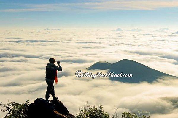 Tà Xùa là một trong những địa điểm phượt săn mây đẹp nhất Tây Bắc, địa điểm phượt nổi tiếng nhất Tây Bắc