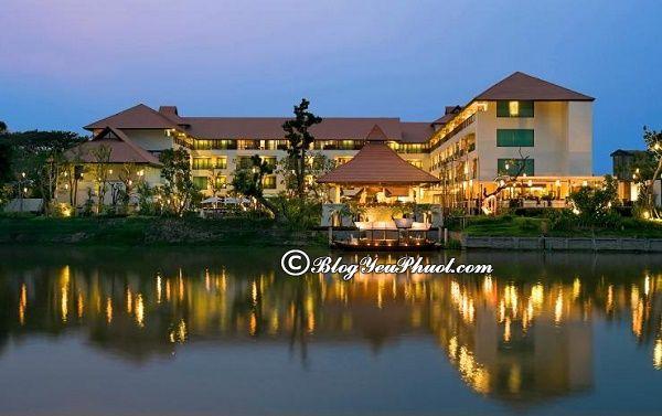 Có nên ở khu Riverside khi đi du lịch Chiang Mai? Đặt phòng khách sạn ở Chiang Mai