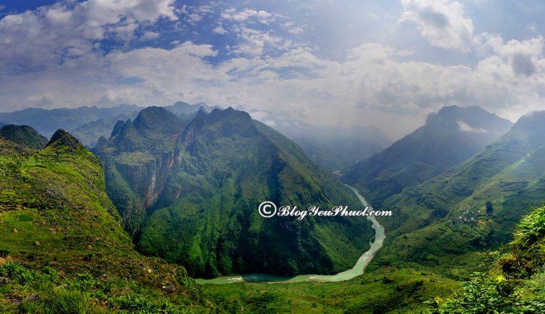 Cảnh đẹp khi chinh phục Đèo Mã Pì Lèng Huyền Thoại: Hướng dẫn đi phượt Mã Pì Lèng thuận lợi, an toàn
