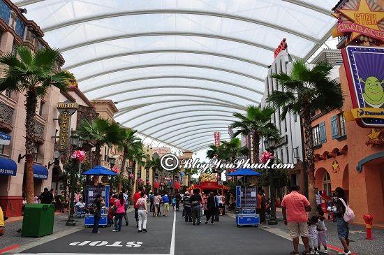 Đến đâu chơi khi đi Universal studio Singapore- Khu Hollywood: Du lịch Universal Studio Singapore – USS có gì thú vị, hấp dẫn?