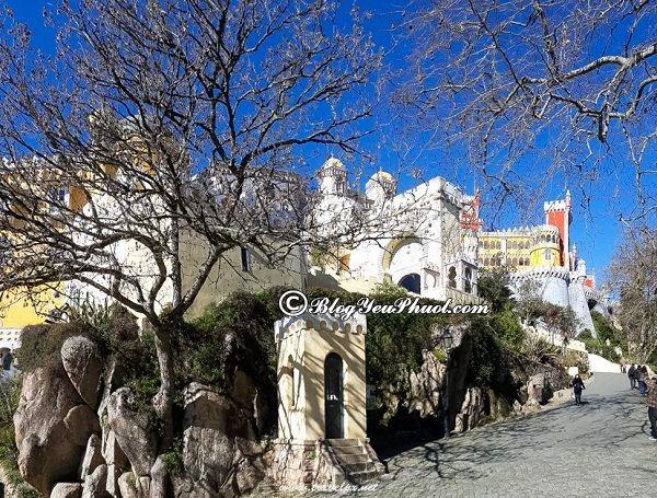 kinh nghiệm du lịch Lisbon an toàn, tiết kiệm: Hướng dẫn đi tham quan, vui chơi ở Lisbon tự túc, giá rẻ
