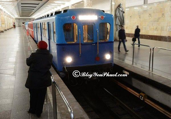 Phương tiện đi lại ở Moscow: Du lịch Moscow bằng tàu