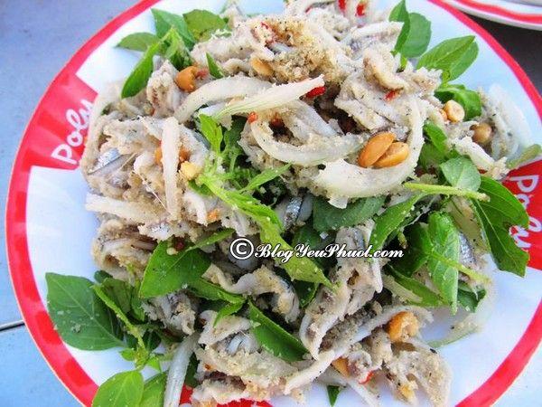 Nên ăn gì khi đi du lịch Quảng Ngãi