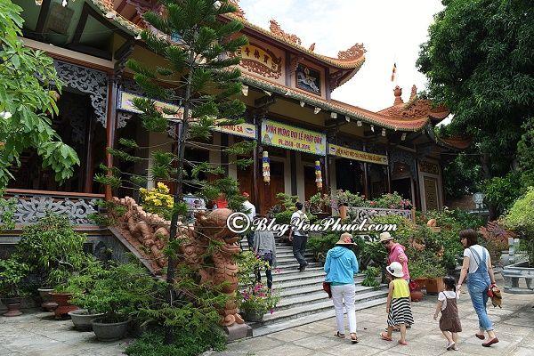Đi du lịch Tuy Hòa đến thăm Chùa Bảo Lâm, nên đi chơi ở đâu khi đến Tuy Hòa?