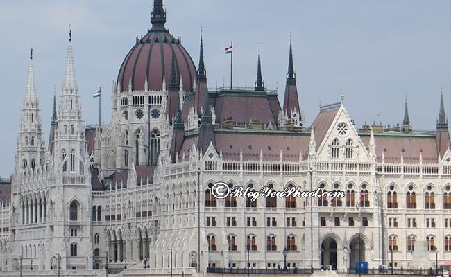 Kinh nghiệm du lịch bụi Budapest - Thời điểm thích hợp đi du lịch bụi Budapest