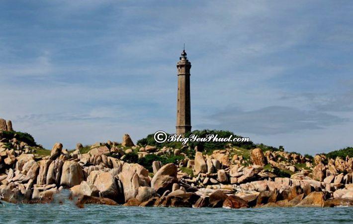 Tour du lịch Bình Thuận khám phá Hải đăng Kê Gà – ngọn hải đăng cổ nhất Việt Nam, địa điểm tham quan nổi tiếng ở Bình Thuận