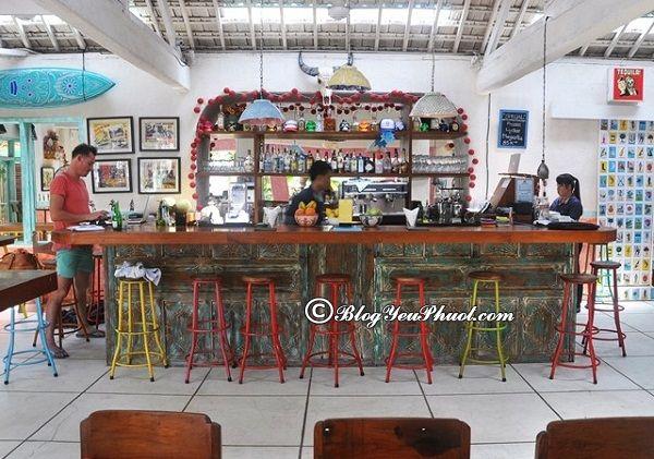Nhà hàng quán ăn ngon phải thử ở Bali- Quán Cocktail Bar: Địa điểm ăn uống ngon, nổi tiếng ở Bali hấp dẫn du khách