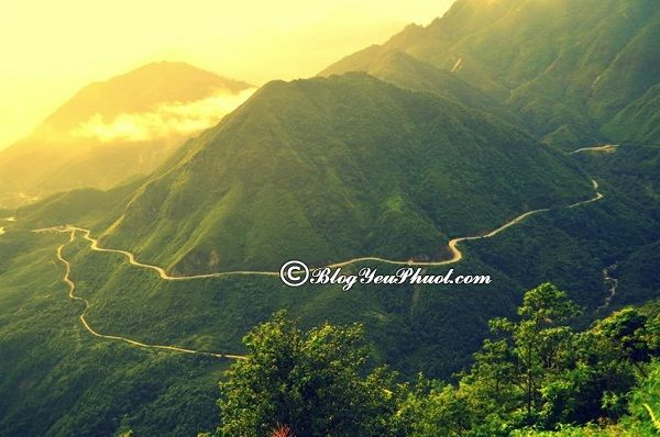 Phượt những ngọn núi có phong cảnh đẹp nhất Việt Nam
