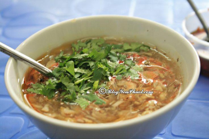 Ăn gì khi du lịch Sài Gòn?- Súp cua Hạnh: Địa chỉ ăn súp cua ngon, đông khách ở Sài Gòn