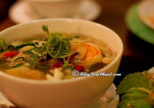Những món ăn ngon tại Phuket: Ăn ở đâu khi du lịch Phuket?