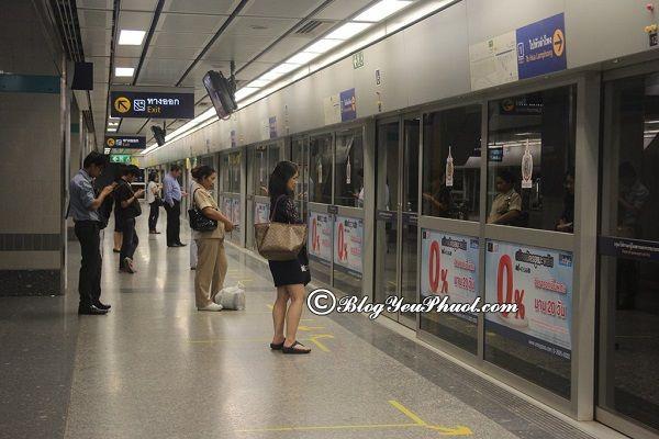 Cách xem bản đồ các tuyến tàu điện ở Bangkok: Đọc bản đồ các tuyến tàu điện ngầm ở Bangkok như thế nào?