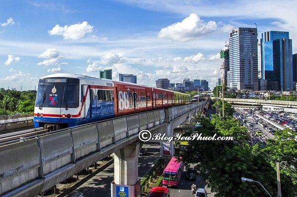 Kinh nghiệm thăm chùa Vàng Wat Traimit Bangkok: Du lịch chùa Vàng Wat Traimit Bangkok bằng phương tiện gì, đường đi thế nào?