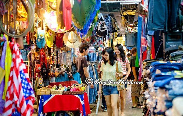 Kinh nghiệm mua sắm Bangkok giá rẻ: Địa điểm mua sắm nổi tiếng, giá rẻ ở Bangkok