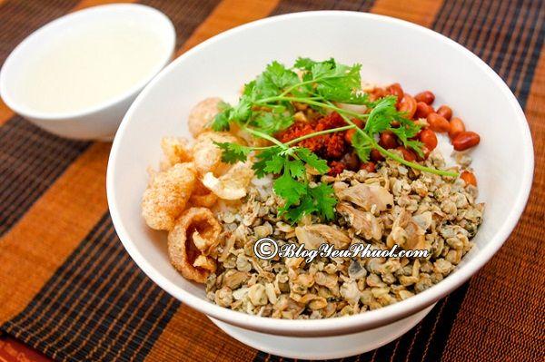 Du lịch Huế ăn đặc sản gì ngon? Món đặc sản nổi tiếng ở Huế nên ăn