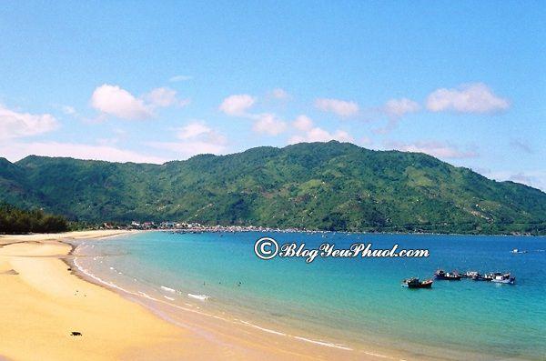 những bãi biển đẹp nhất Nha Trang