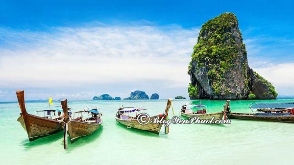 Những bãi biển đẹp ở Phuket: Du lịch Phuket nên đi tham quan biển nào?