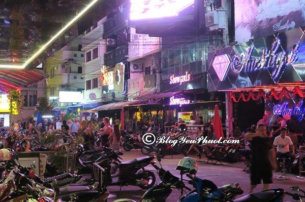 địa điểm vui chơi về đêm thú vị ở pattaya: Du lịch Pattaya đi đâu chơi về đêm?