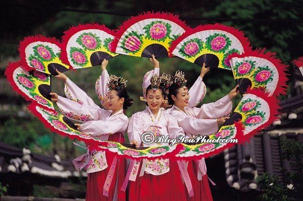 Những lễ hội lớn, nổi tiếng nhất ở Hàn Quốc: Hàn Quốc diễn ra lễ hội vào mùa nào, tháng mấy?