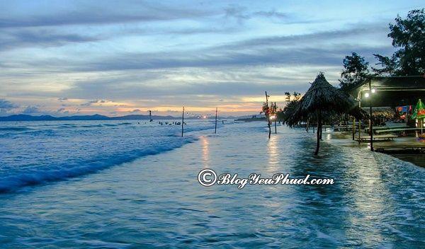 Những bãi biển đẹp, nổi tiếng ở Quảng Ninh: Du lịch Quảng Ninh đi tắm biển ở đâu?
