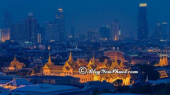 Những khu chợ đêm nổi tiếng ở Bangkok
