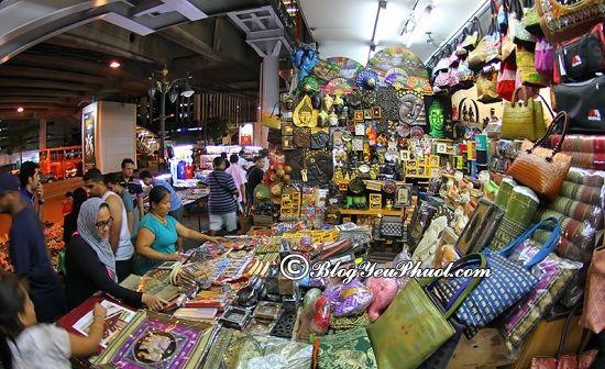 Nên mua sắm ở đâu khi du lịch Bangkok?Địa chỉ những khu chợ hoạt động về đêm ở Bangkok đông vui, nhộn nhịp nhất