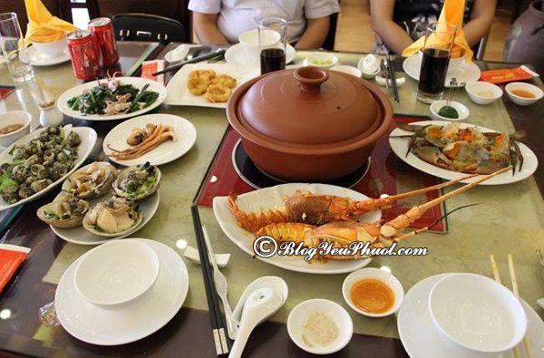 Nhà hàng hải sản hấp dẫn ở Hạ Long: Du lịch Hạ Long ăn hải sản ở đâu ngon, bổ, rẻ?