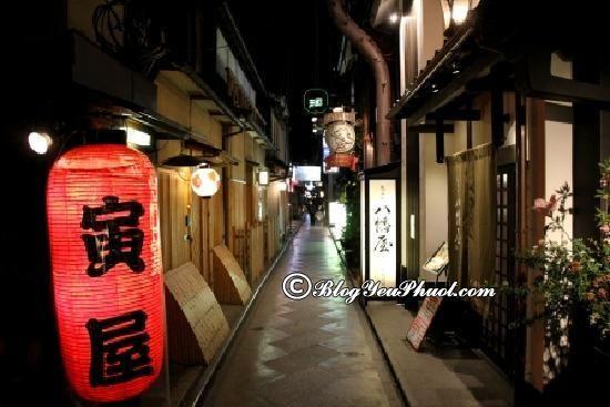 Nên đi đâu vui chơi khi du lịch Kyoto? Địa điểm tham quan, vui chơi nổi tiếng, giá rẻ ở Kyoto?