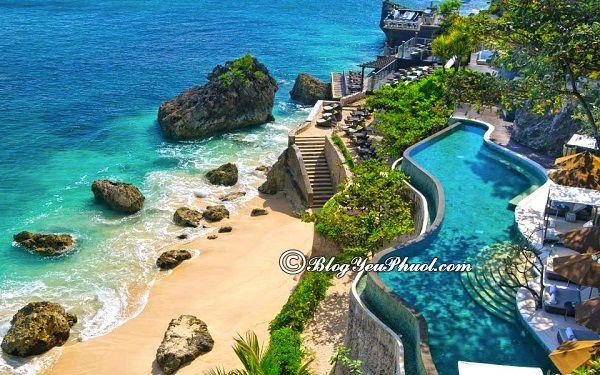 điểm du lịch nổi tiếng nhất Indonesia: Du lịch Indonesia đổi tiền ở đâu?