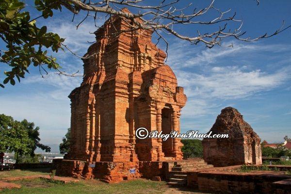 Khám phá Tháp Chàm Poshanư cổ xưa, hướng dẫn lịch trình đi tham quan, vui chơi khi du lịch Mũi Né