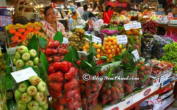 khu chợ thực phẩm nổi tiếng nhất tại Bangkok: Du lịch Bangkok nên đi chơi ở chợ nào?