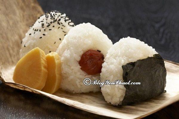 Món cơm đường phố nổi tiếng ở Nhật Bản: Món ăn đường phố nào ở Nhật Bản ngon, giá rẻ, nổi tiếng nhất?