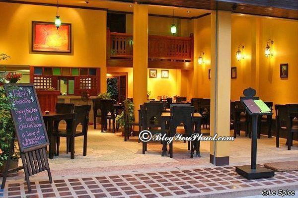 Ăn món ăn Ấn Độ ở đâu tại Chiang Mai Night Bazaar? Quán ăn nào ngon ở khu Chiang Mai Night Bazaar?