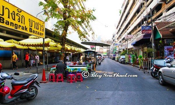 khu chợ ẩm thực nổi tiếng ở Bangkok