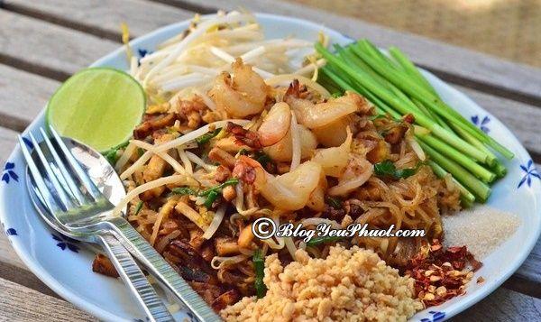 món ăn đường phố hấp dẫn ở Bangkok: Món ngon đặc sản đường phố nổi tiếng ở Bangkok